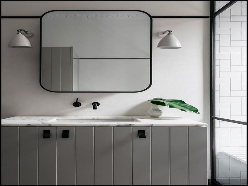 black-bathroom-mirror-2