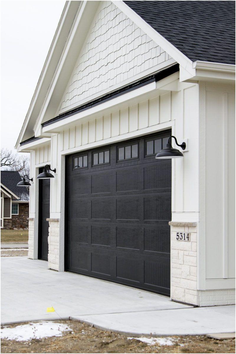 Garage Door Aluminum Trim Best Of Oakstone Homes Modern Farmhouse with Hallmark Floors Katalina