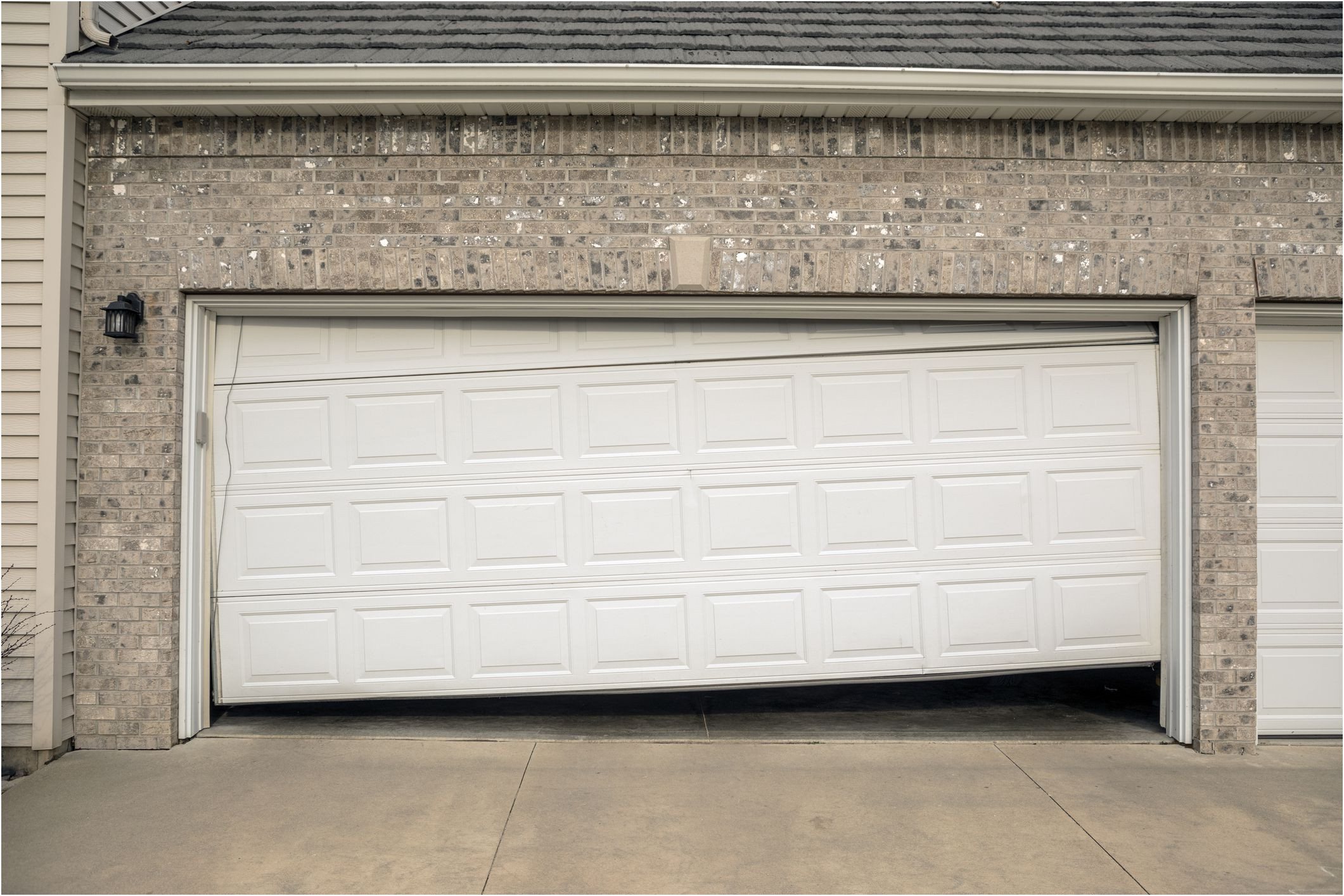 New Garage Door Shifted to One Side