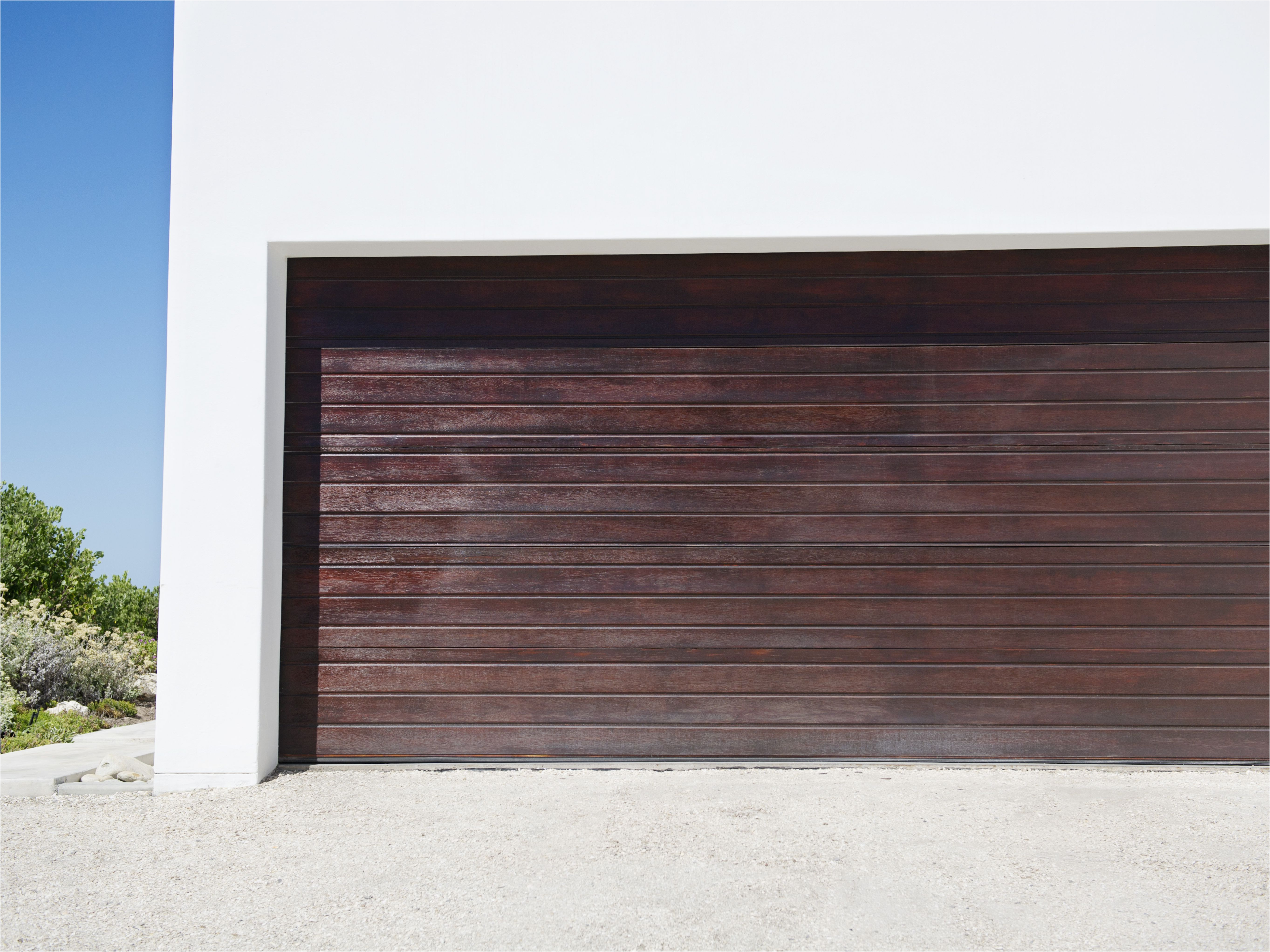 Insulated Vs Uninsulated Garage Door Fresh Choosing the Best Garage Door Material