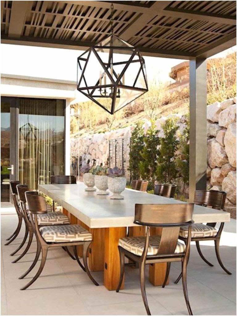 Elegant Outdoor Fireplace Designs